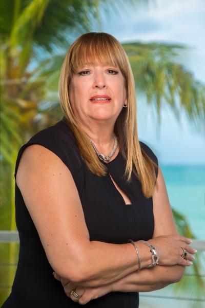 Gloria Velázquez